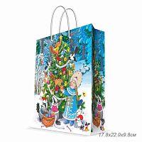 Бумажный пакет Снегурочка с белочкой для сувенирной продукции, с ламинацией, с шириной основания 17,8 см, плотность бумаги 140 г/м2 / 17.8х22.9х9.8см